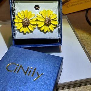CiNily Sunflower earrings